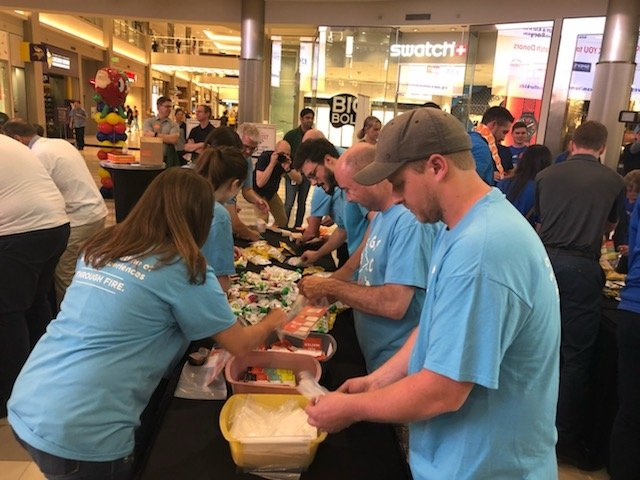 The Outdoor GreatRoom Company participated in the MATTERbox Madness event as part of the Summer Harvest for Kids at the Mall of America