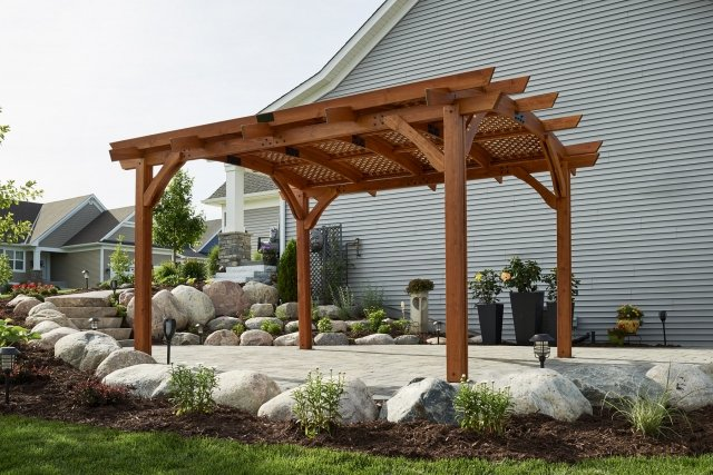 Sonoma Redwood 12x16 Pergola with Lattice