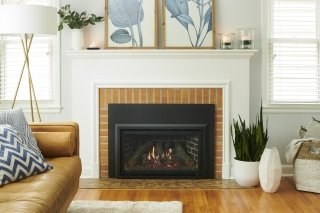 Highland Gas Insert with Traditional Front Beauty