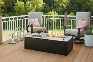 Kinney Gas Fire Pit Table Lifestyle